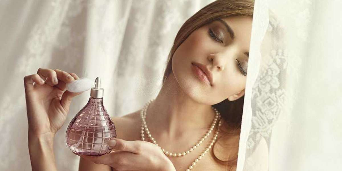 The Best Women's Perfume of the Year